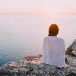 妊婦と背中の痛み〜妊娠中の背中の痛みの原因や影響と3つの対策解消方法