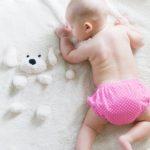 赤ちゃんの頭の形がいびつ!長い!乳児の頭の形が変わる原因と7つの治し方