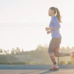 妊娠初期に走るのは大丈夫?走った後の腹痛や吐き気と胎児への影響、2つの対策