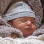 赤ちゃんの生活リズムの作り方~先輩ママに学ぶ新生児の生活リズムの3つの作り方