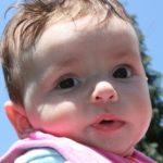 赤ちゃんがひきつけで大泣き!新生児のてんかんのリスクと7つの対処法