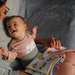 赤ちゃんにおすすめの絵本12選~赤ちゃんの絵本はいつから?選ぶときのポイントも紹介!