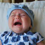 夜泣きの原因って何?0歳~5歳まで年齢別の理由と8つの対処法