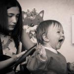 赤ちゃんの散髪はいつから美容院へ行った?自分でカット?先輩ママに学ぶ8つのポイント