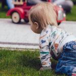 赤ちゃんが笑わないのは危険?6か月経っても笑わない原因と自閉症や障害の可能性