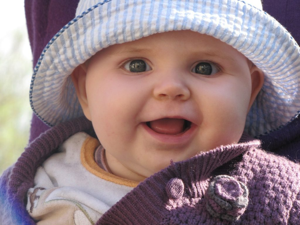 f3cad248b4909 新生児の嘔吐は母乳の飲みすぎが原因?隠れている病気と嘔吐した時の対処 ...
